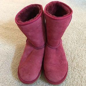 Genuine UGG Australia classic short boot in red
